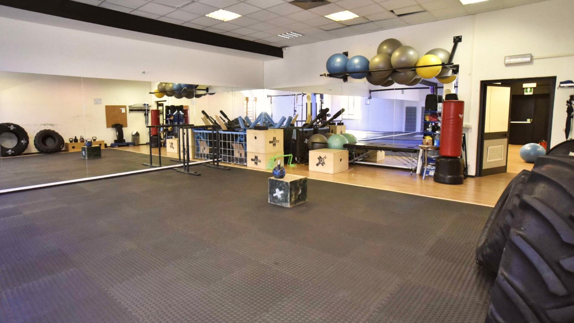 Ampa sala dedicata a Ginnastica Posturale e Correttiva, Pilates, Pancafit di gruppo ed il corso di Military Fitness